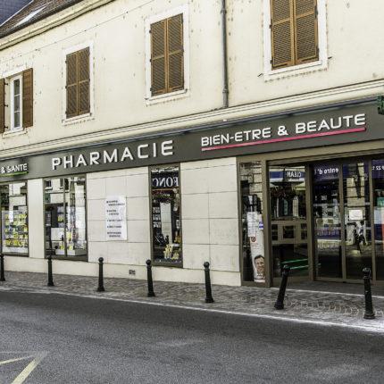 LE TRANSFERT DE LA PHARMACIE DE L'ÉGLISE à Corbeil-Essonnes (91)